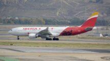 El primer A330 del Ejército del Aire cuando Iberia lo usó para promocionar Madrid en Japón.