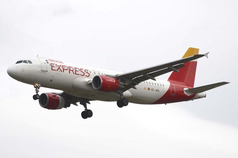 Iberia Express comienza a ofrecer una nueva tarifa en sus vuelos e introduce mejoras en su web u servicios.