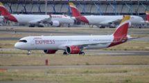 El primer A321neo de Iberia Express rodando en Barajas a su llegada desde Finkenwerder el 26 de junio.