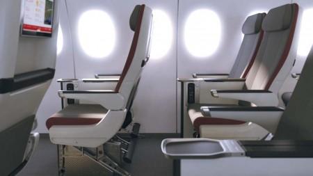 Asientos de la nueva turista premium de Iberia. Las filas serán de 2-2-3 asientos en lugar de los 2-4-2 de turista.