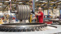 Taller de reparación de motores de Iberia Mantenimiento.