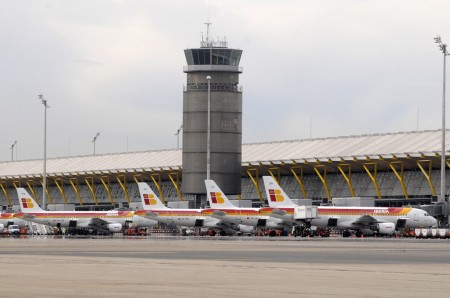 Aviones de Iberia en la T4 de Barajas