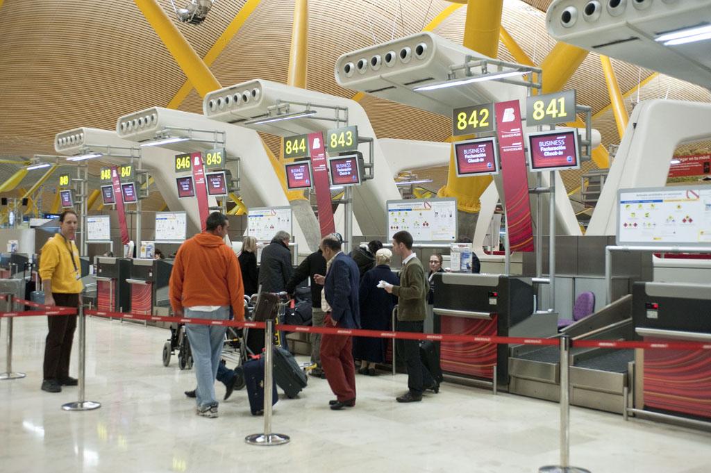 Los aeropuertos españoles suman 22,6 millones de pasajeros entre enero y febrero de 2016
