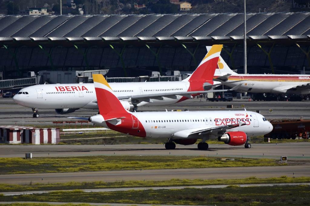 Aviones de Iberia e Iberia Express