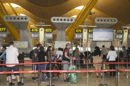 Mostradores de facturación de Iberia en la T4 de Barajas