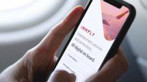 Immfly ofrece la posibilidad de descargar en vuelo contenidos de entretenimiento a los equipos personales de cada pasajero.