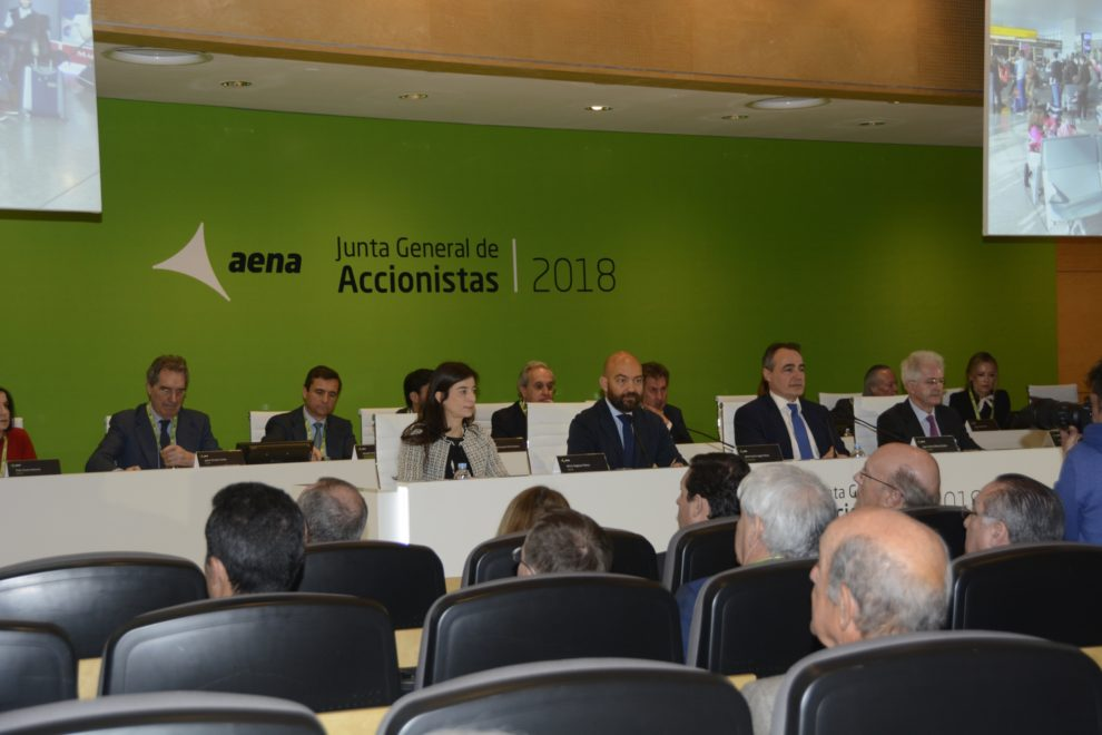 la junta de accionistas de Aena se celebró en el aeropuerto Madrid Barajas y ninguno de los accionistas puso reparos a la gestión realizada.