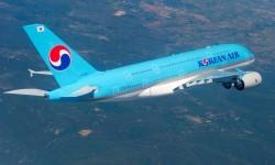 El primer Airbus A380 de Korean Air durnate uno de sus vuelos de prueba