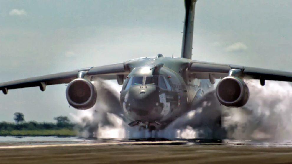 Boeing comenzó a trabajar con Embraer con el programa KC-390.