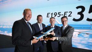 Anuncio en el salón de Le Bourget del acuerdo entre KLM Cityhooper y Embraer.