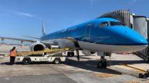 Primer vuelo de KLM llegado a Barcelona tras el reinicio de vuelos .