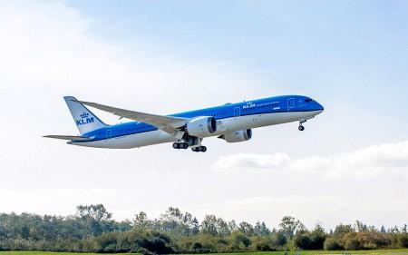 Entre las aerolíneas que han estrenado avión en 2015 está KLM con sus Boeing 787.