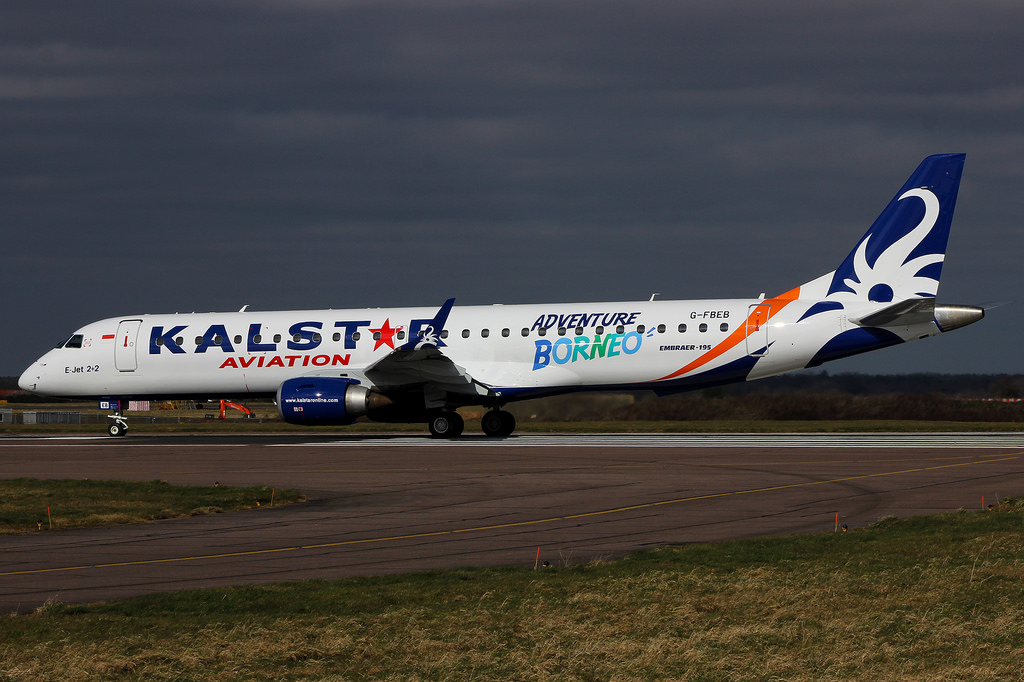 Embraer E190 de Kalstar Aviation.