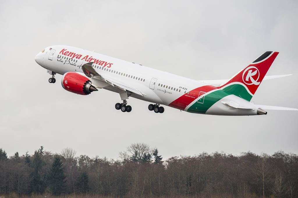 Despegue de Paine Field del primer Boeing 787 de Kenya Airways
