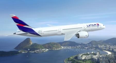 Boeing 787-9 con los nuevos colores de LATAM.