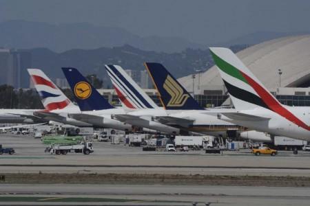 Pronto veremos los Airbus A330 de la low cost de IAG entre esos A380 en Los Ángeles.