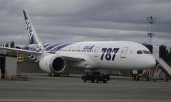 El primer Boeing 787 de ANA escasas horas antes de su entrega por parte de Boeing