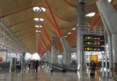 Zona de embarque de la Terminal 4 del aeropuerto de Madrid Barajas