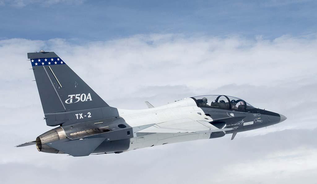 El segundo de los dos T-50A usados en las pruebas durante el vuelo número 100 del modelo en Estados Unidos