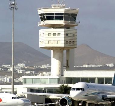 Torre de control del aeropuerto de Lanzarote