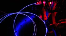 Prueba de la configuración de un láser de fibra de tulio de alta potencia para contramedidas optrónicas en el Instituto Fraunhofer.