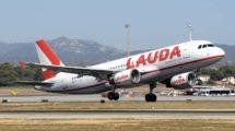 Airbus A320 de Lauda despegando de Palma de Mallorca.