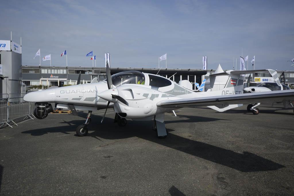 Diamond DA-42MPP otra opción barata para la patrulla.