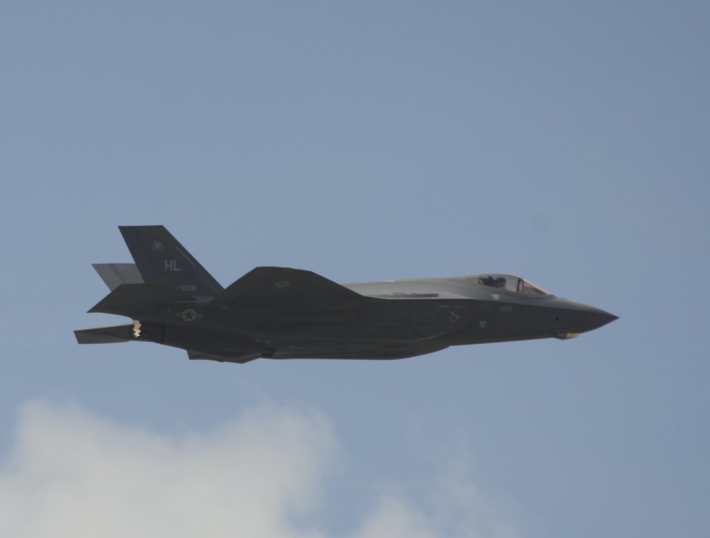 El Lockheed Martin F-35 es uno de los debutantes este año.