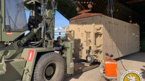 Los componentes de los Preedator llegaron en contenedores especiales presurizados para su protección.