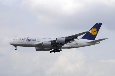 D-AIMC el primer Airbus A380 que aterrizó en el aeropuerto de Madrid Barajas.