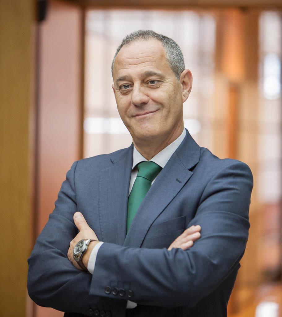 Luis Pizarro.