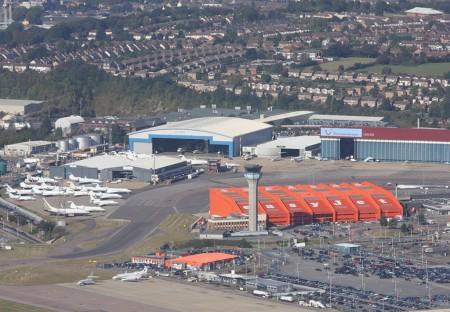 Vista aérea del aeropuerto de Luton