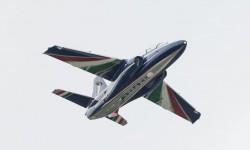 El pasado mes de mayo Alenia Aermacchi presentó el prototipo del M-345 HET con colores de la patrulla acrobática Frecce Tricolori