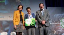 Entrega del reconocimiento a M&M en el III Congreso sobre Industria Conectada.