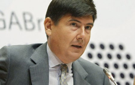 Manuel Pimentel será el mediador entre AENA y USCA