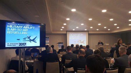 Profesionales del transporte aéreo militar y del repostaje aéreo se reunieron en Madrid.