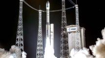 Lanzamiento del Mohammed 6B a bordo d un coheteVega de Arianspace desde Kourou.