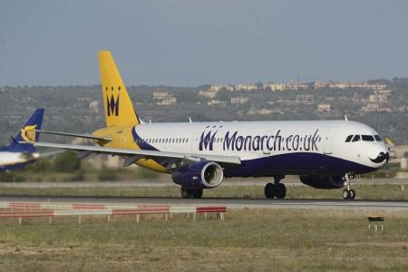 La flota de Monarch estaba compuesta principalmente por aviones de la familia A320 como este A321.