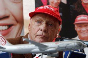 Niki Lauda volverá a controlar Niki, la aerolínea que fundó, después de que el juzgado austriaco que leva la quiebra de esta se la haya adjudicado.