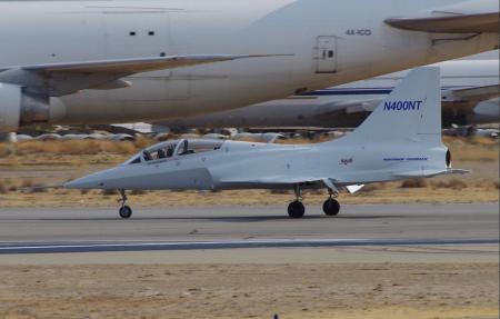 En el diseño del nuevo avión destaca el gran tamaño de la deriva.