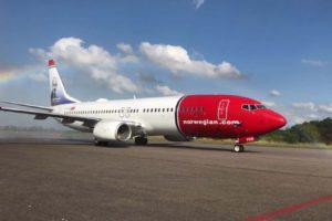 El primero de los Boeing 737 de Norwegian Argentina a su llegada al país a principios de 2018.