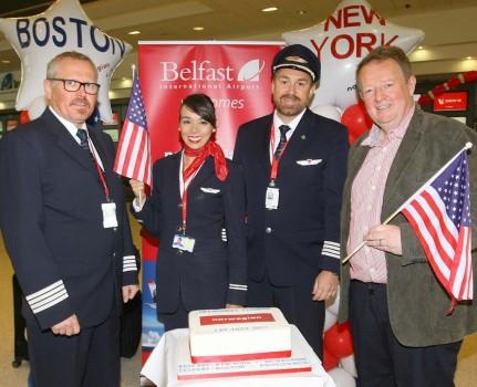 Celebración en el aeropuerto de Belfast del primer vuelo con B-737 MAX de Norwegian a Estados Unidos.