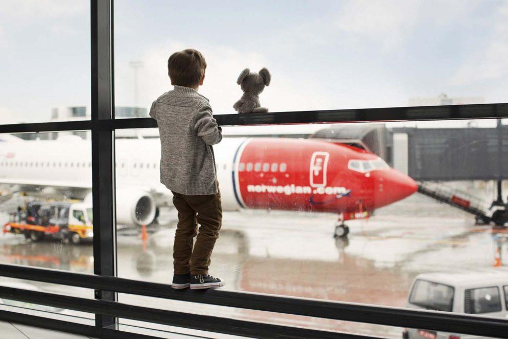 Los pasajeros de Norwegian cayeron un 95 por ciento en noviembre, pero con las vacunas del COVID-19 cercanas, son optimistas para el futuro.