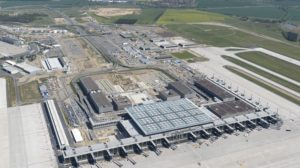 La nueva terminal del aeropuerto de Berlín durante su construcción en 2012.