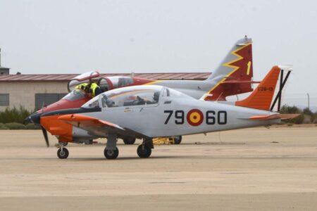 El Pillan seguirá de momento en activo,, pero los C-101 de la AGA dejarán de volar en un par de años.