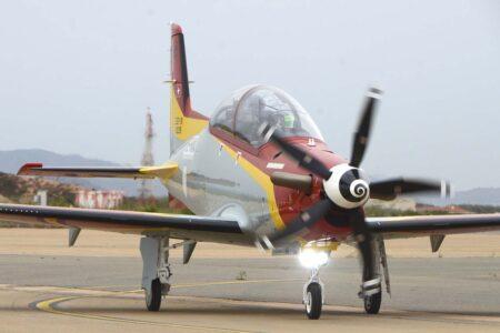 El motor PT-6A de los PC-21 ofrece 1.600 CV.