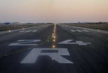 Más de la mitad de los vuelos que han hecho uso del espacio aéreo y los aeropuertos españoles en los primeros seis meses del año tenían su origen o destino en el extranjero.