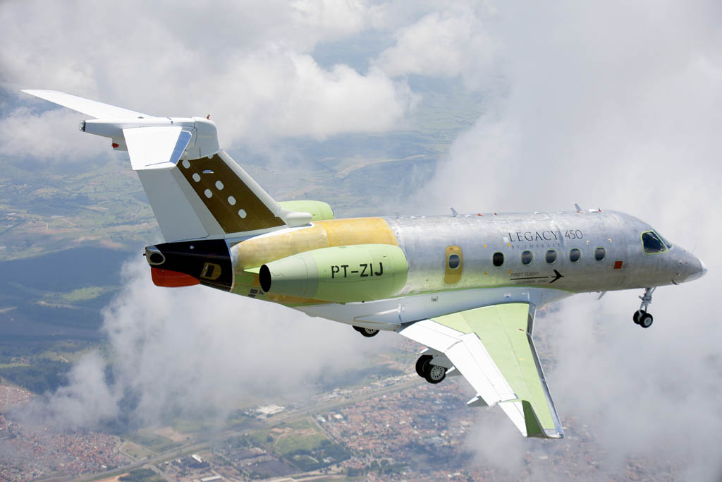 Primer vuelo del Embraer Legacy 450