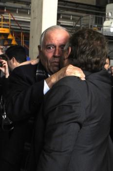 Jesús Guil se abraza a Chema Álvarez