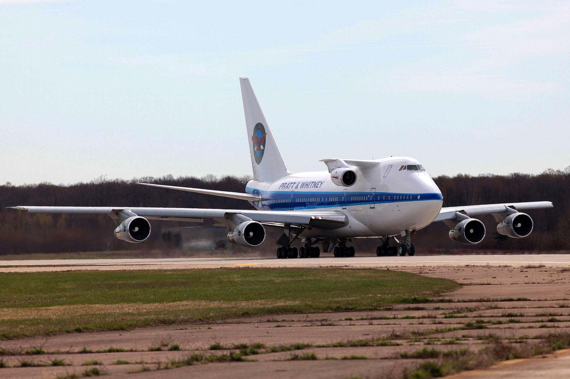 Motor PW1217G instalado en un Boeing 747SP